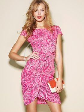 20140206-home-sub-dresses.jpg