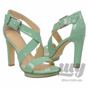 shoes_iaec1341069.jpg